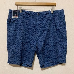 Roundtree and York's Classic Size 38 Floral Short